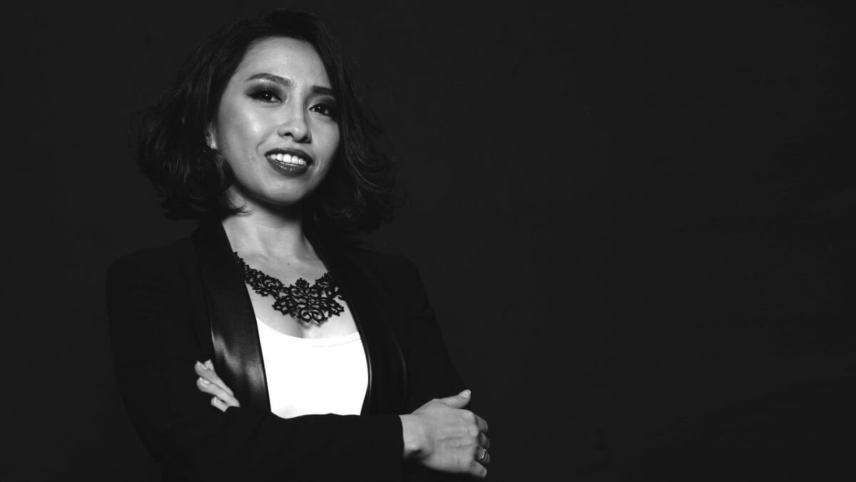 Rina Omar Black and White 1200x675
